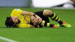 Football injury meniscus tear